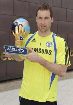 cech golde glove