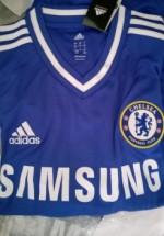 Castiga un tricou cu Chelsea