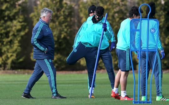 Hiddink Costa 3578745b 540x337 John Obi Mikel : Ne dorim ca Guus sa ramana la echipa