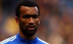 Bosingwa titular in meciul cu Wolverhampton