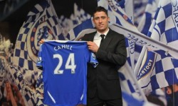 Gary Cahill si-a prelungit contractul cu Chelsea