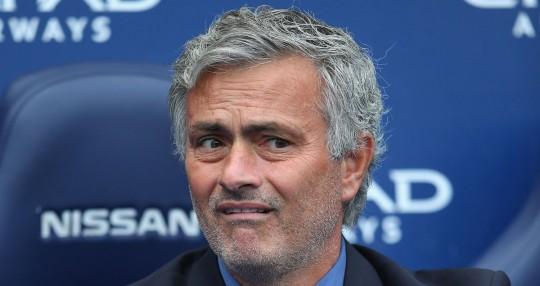Chelsea-Jose-Mourinho-looks-scared